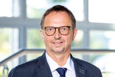 Dr. Jens Kardel